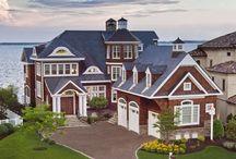 Homes / by Mercedes Ferguson