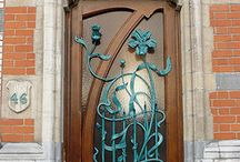 Doors, Doorknockers / by Beatrice Gonzalez
