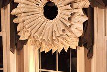 Wreaths / by Caroline Luna