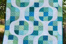 Quilts I Love / by Josée Carrier