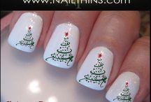 Christmas nail polish / by Virginia Perez