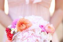 Les fleurs : bouquets de mariée / by Véronique So Lovely Moments