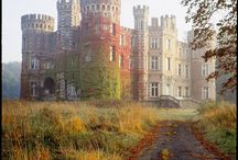 Castles & Manors / Images that hearken back to the time of knights in towers made of stone and steel... / by < Hannah >