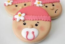 Baby Shower Cookies / Baby Shower Cookies is a great sweet to serve your guests.  You can bake cookies to match your baby shower theme. / by Modern-Baby-Shower-Ideas.com
