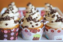 Chocolate Chip Cookie Cupcakes / by Inspirational Quotes