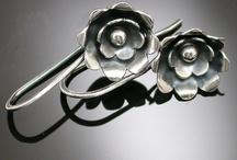 diy jewelry tools / by Misty Farnsworth Hall