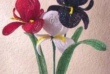 FrENcH bEAdED FLowErS / by Shauna Memmott