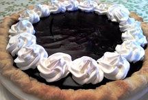 pies & tarts / by Brittany Collins