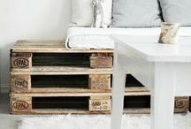 Pallets / by Luciana Pompeo Caron
