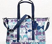 Purses and more purses / by Anne Spanos