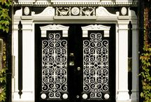 Entryways  / by Chanelle Sicard