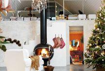 Cosmopolitan Christmas / Modern Christmas decorations & homes | L4F Love this modern twist on Christmas / by Lights4fun