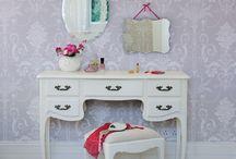 Vintage Dressers / by April Evans