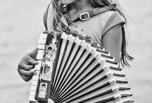 Music was my first love / by Melanie Mudde