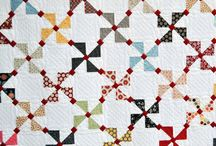 Quilts/Sewing / by Beth Battina