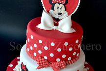 Minnie and Mickey Mouse cakes / by Astrid Deetlefs