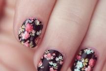 Nails / by Chloe Aquamarine