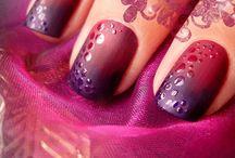 Nice Nails / by Cassie Belcher