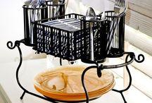 kitchen & home gadget list / by Larissa Bean