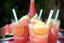 Drinks / by Elle Chard