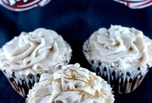 Cupcakes / by Melissa Snell