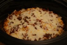 food & recipes:  crock pot meals / dishes/meals that can be made with the crock pot / by Mare