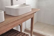 bathrooms / by Denise Kraft
