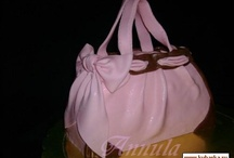 14 - Cakes: Handbag  / by Paula Rodrigues