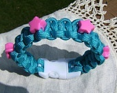 Paracord Projects / by Melissa Souliere