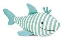 SHARKS / Shark attack! Sharks for creative inspiration.  / by Abby Glassenberg
