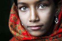 Eyes / by Leila Salazar Sanchez