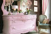 Home Furnishings. / by Sydni Neumann