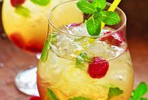 Drinks  / by Liss Ortiz