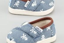 baby shoes / by Beverly Rose