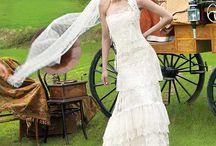 Gowns / by Margaret Van Damme