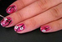Nails / by Blazenka Vojkovic