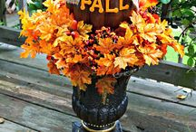 Fall / Flavors of fall, recipes, crafts and DIY.  / by Mary Ellen Seavey