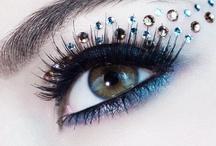 Makeup looks I like / by Klara McDonnell