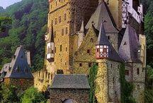 Castle / by Bilge Kurtuluş