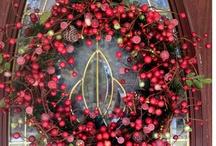 Pretty Grapevine Wreaths / by Karen's Treasures