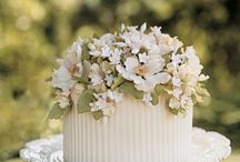 Cakes and Desserts / by Rustic Wedding