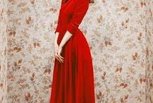 Dresses / by Rachelle Crosbie