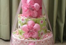 DIAPER CAKES / by Sonia Lopez