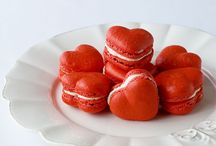 MMMmmmm...Macarons and Whoopie Pies!!! / by Rosanna Kirkland