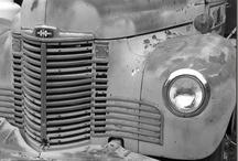 truck love / by juNxtaposition