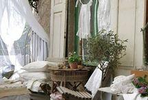Awesome spaces / by Nicole De Sanctis
