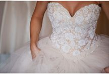 dream weddingg  / by Megan Behlen