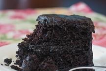 Yummy Desserts / by Misty Lawson