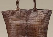 Love the BAG / #bag #fashion #style #lux #purse #designer / by Gee Licious