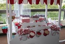 Carrito para dulces / Mueble para poder transportas y vendré fresas con chocolate etc. / by Ana Isabel Restrepo